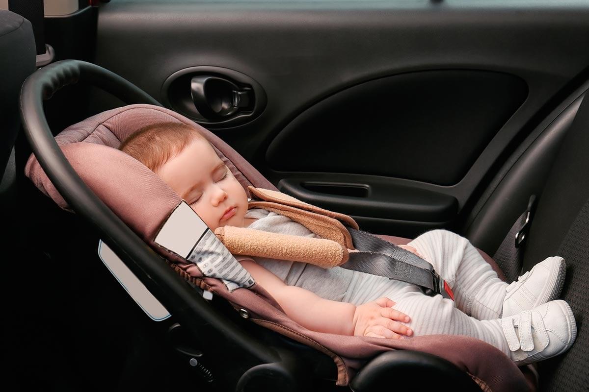 normativa-sillitas-bebe-coche