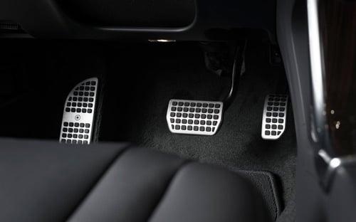 pedales-coche