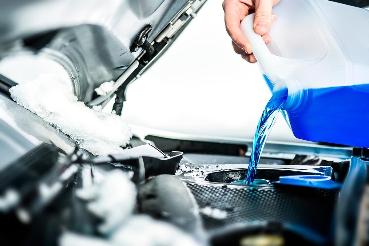como-y-cuando-cambiar-liquido-refrigerante-coche