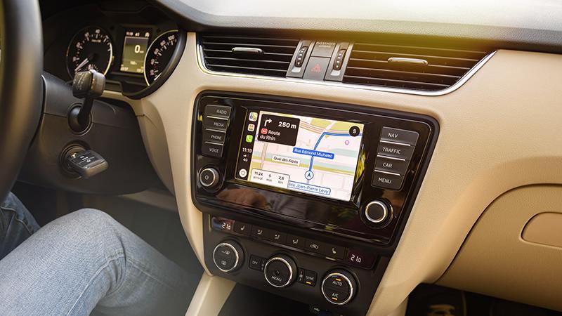 carplay-controla-tu-iphone-mientras-conduces
