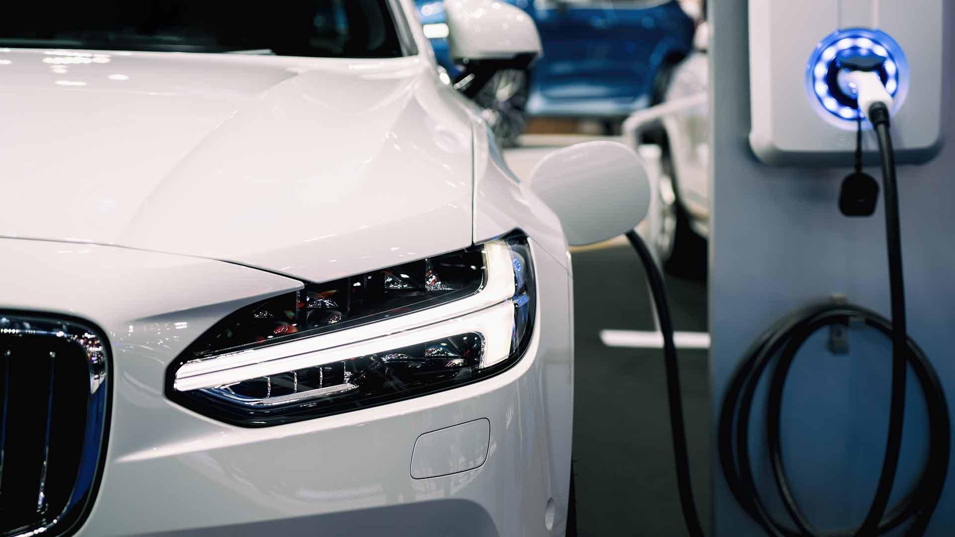 coches-electricos-debancan-gasolina