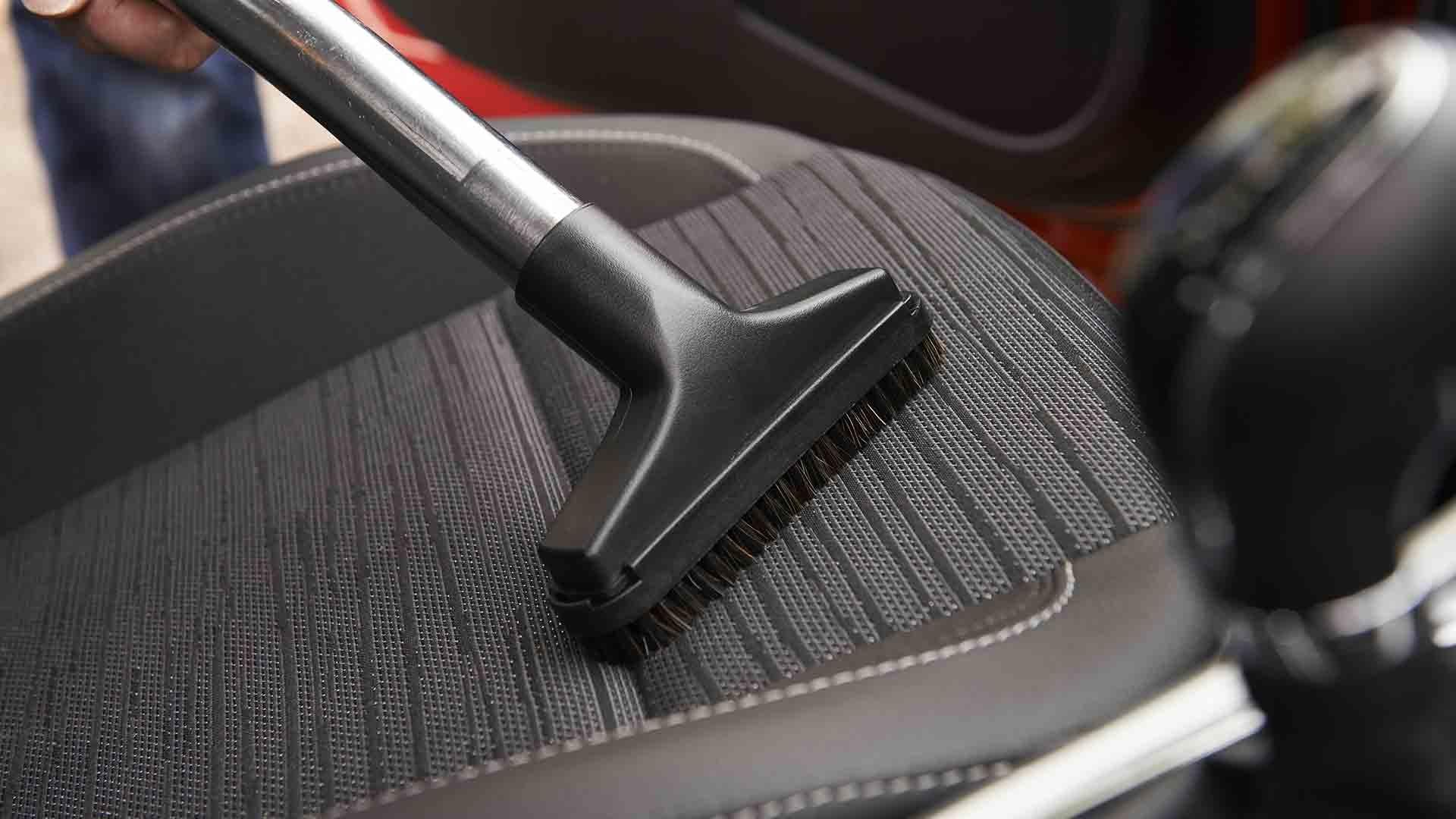 trucos-limpieza-interior-del-coche