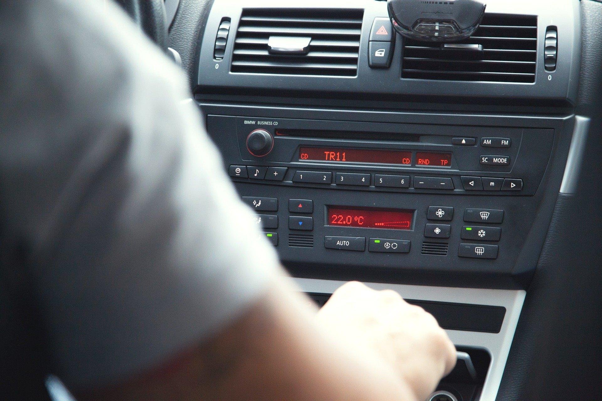 Música clásica en el coche: ¿cuáles son sus efectos sobre la conducción?