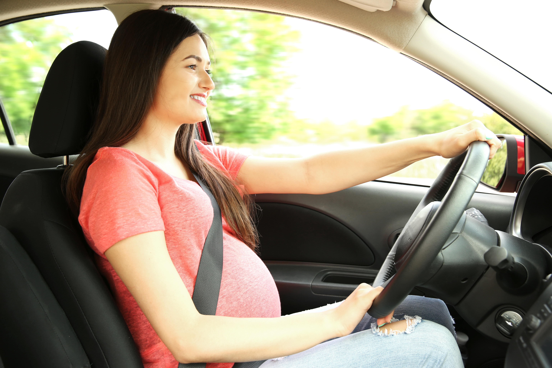 Consejos para conducir durante el embarazo
